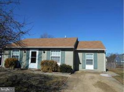 2127 Fairchild CT WALDORF Two BR, Great Starter home.
