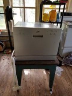 Countertop/Small Dishwasher