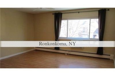 Ronkonkoma - Diamond Upper 1 Bedroom.