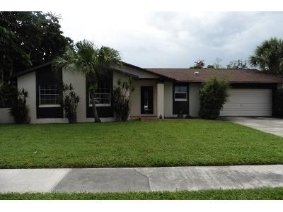 3 Bed 2 Bath Foreclosure Property in West Palm Beach, FL 33417 - Fernlea Dr