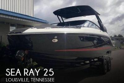 2017 Sea Ray 250SLX