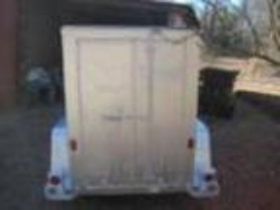xsingle axel enclosed trailer
