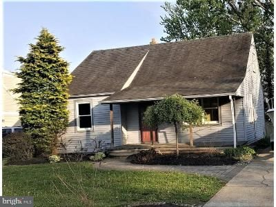 2 Bed 1 Bath Foreclosure Property in Runnemede, NJ 08078 - Ardmore Ave