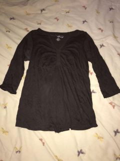 Women s old navy maternity top size medium great condition