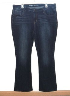 Old Navy CURVY Mid-Rise Boot Cut Denim Jeans Womens Plus 16 Short 16s