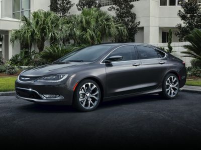 2015 Chrysler 200 Limited (Bright White Clearcoat)