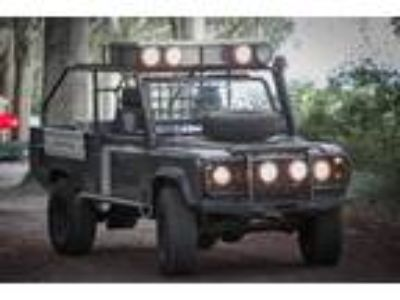 1983 Land Rover Defender 110 Pickup