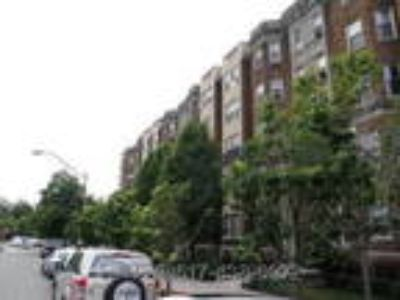 Sunny Studio,HT/HW incl,HW flr,Near Berklee/NEU/Medical Area, Now-9/1.