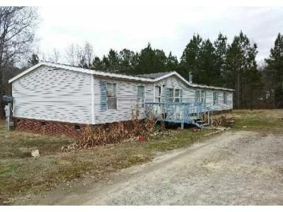 3 Bed 2 Bath Foreclosure Property in Laurens, SC 29360 - Boyd Rd