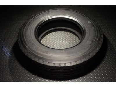 Buy 17.5 Trailer Tire - 215 75 R17.5 - 16 ply - Triangle motorcycle in Madisonville, Texas, United States, for US $199.99