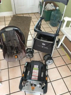 Stroller/ car seat and 2 bases