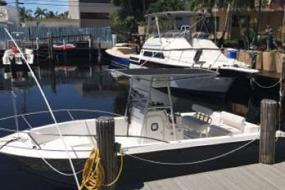 2005 Sea Fox 257 Center Console