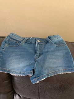 Crazy 8 Shorts with Lacey trim Size 12
