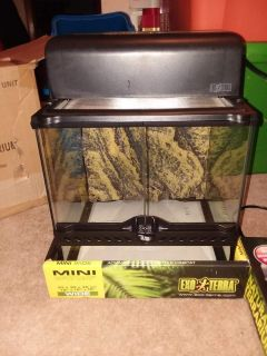 exo terra natural terrarium reptile habitat mini wide with light 12x12x12