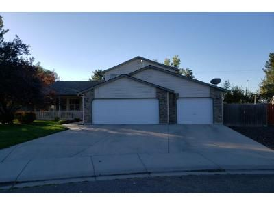 3 Bed 2.5 Bath Preforeclosure Property in Meridian, ID 83646 - N Summerfield Way
