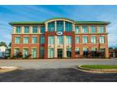 Prime Office Space Off Of 1st Floor Main Lobby in Heart of La Plata!
