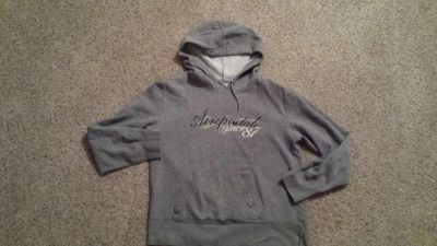 Gray hoodie size M