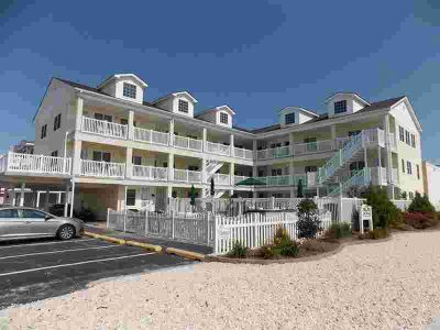 539 E 9th Avenue 206 WILDWOOD One BR, Welcome to The Long Beach