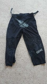 Mission roller hockey pants