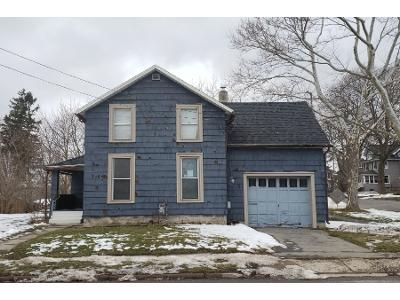 3 Bed 1.5 Bath Foreclosure Property in Batavia, NY 14020 - Bank St