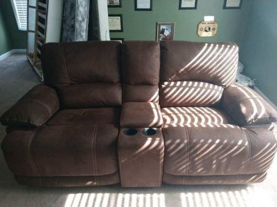 Brown Pebbled Leather Reclining Loveseat