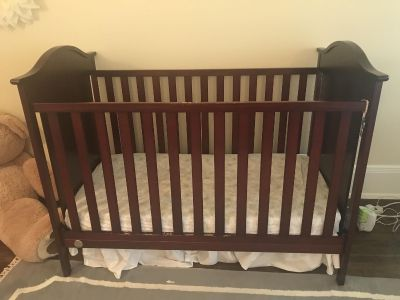 Crib with mattress and skirt