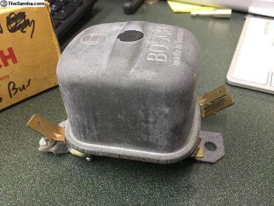 NOS Bosch 6V Regulator #0190215025