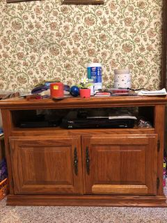 TV Cabinet with storage underneath. Excellent condition
