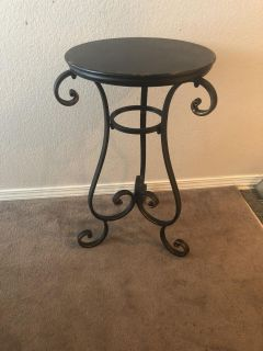 28x18 New Hobby Lobby table. Metal and Distressed Wood.