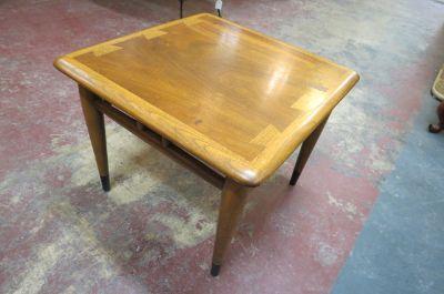 Vintage MCM small square Lane acclaim side table