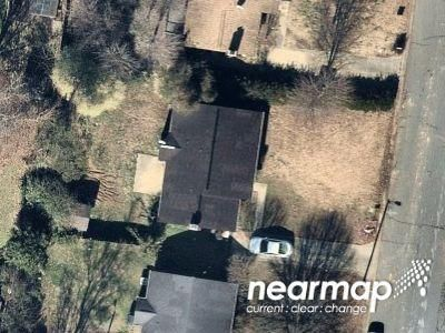 2 Bed 2.0 Bath Preforeclosure Property in Charlotte, NC 28212 - Misty Morning Dr