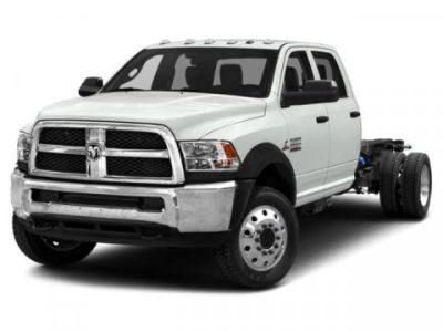 2018 RAM 5500 Chassis Cab Tradesman (Brilliant Black Crystal Pearlcoat)