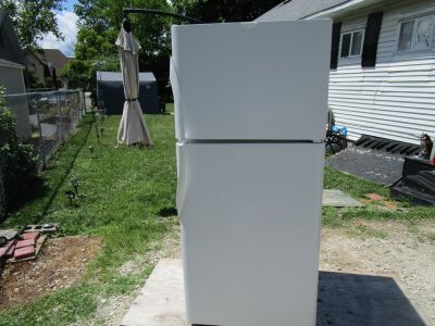 Frigidaire Fridge/Freezer