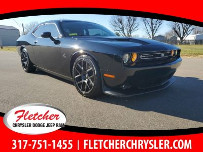 2016 Dodge Challenger R/T Scat Pack (Pitch Black Clearcoat)