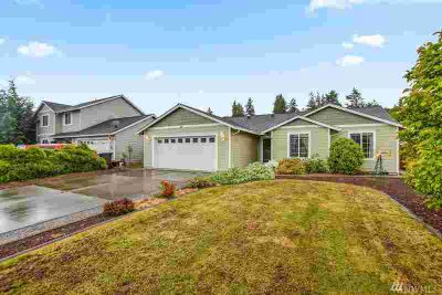 40 Ironwood Dr Longview, Nice one level 1460 sq ft. home.