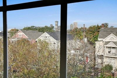 $2600 2 townhouse in Central Business District