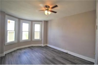 2 BEDROOM, DEN AND BASEMENT! RENOVATED GORGEOUS KITCHEN