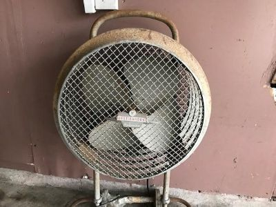 NONworking Westinghouse standup fan could be antique $20