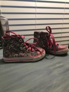 Toddler Floral High Top Tennis Shoes (size 7)