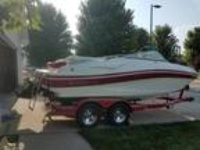 Rinker - 216 Captiva 48 hrs