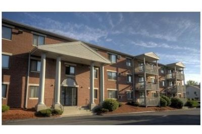 2 bedrooms Apartment - Conveniently located on the Chelmsford/Lowell line.