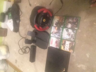 xbox one with ferrari 458 spider stearing wheel, peddals and more