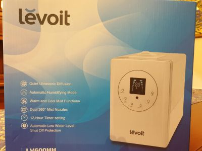 Levoit Humidifier -new, used once, see for yourself