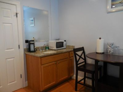 Furnished rooms and private apartments in Boston, Cambridge, Brookline