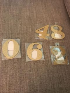 Glitter gold numbers