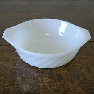 NINE (9) ANCHOR HOCKING FIRE KING WHITE SWIRL BOWLS BAKERS TAB-HANDLE