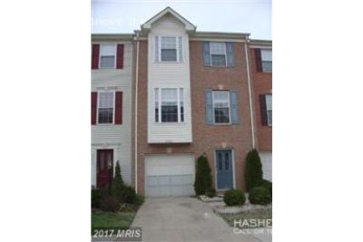 Ashburn Farm townhome ready for move in 7/1!