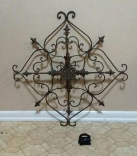 HEAVY/WROUGHT IRON/WALL DECOR.......EXCELLENT CONDITION
