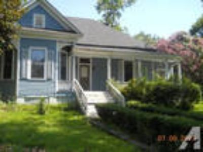 $750 / 3 BR - Beautiful Victorian Home For Rent!!!! Only