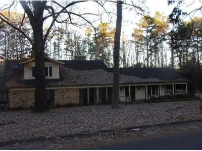 3 Bed 3.5 Bath Foreclosure Property in Marshall, TX 75672 - Arlington Rd